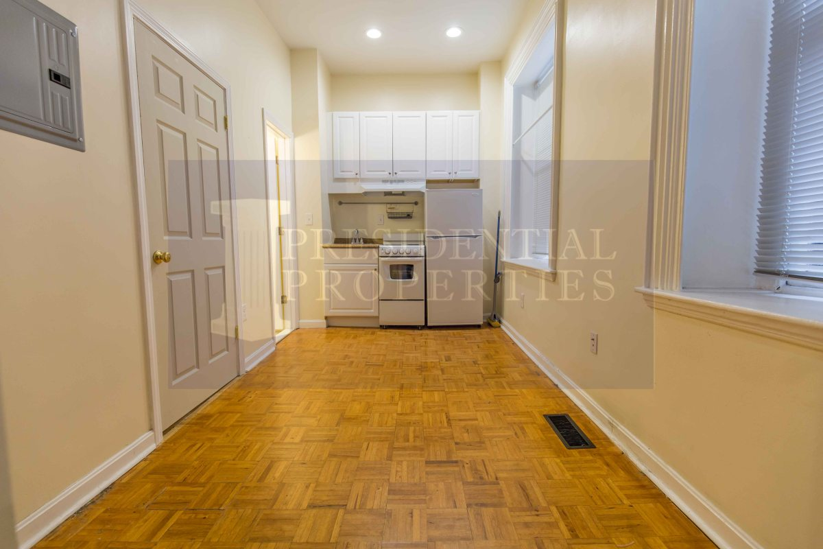 Beacon Hill Renovated Studio Available NOW