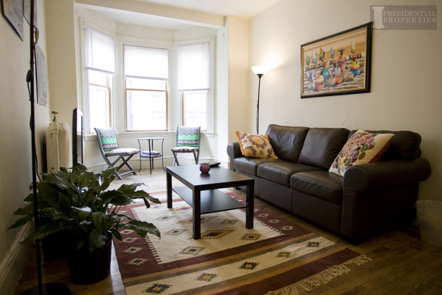 Beacon Hill Spacious Two Bedroom Apartment