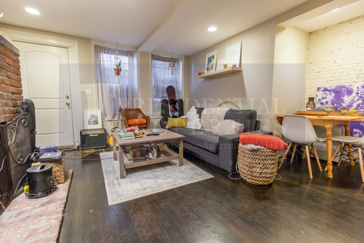 BEACON HILL 1Bedroom for Rent with Private Entrance Available6/1