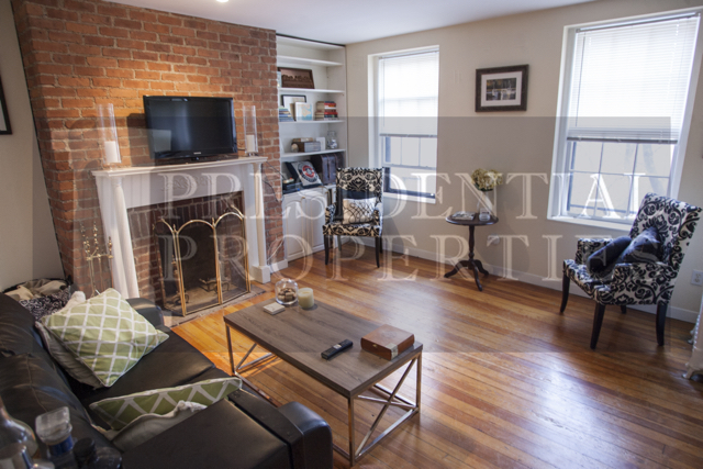 Beacon Hill Myrtle Street Spacious One Bedroom