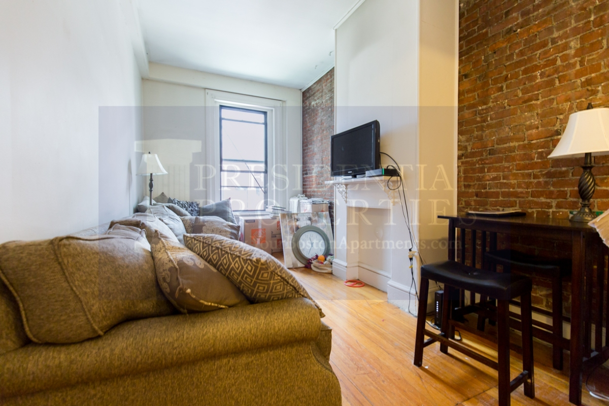 Back Bay Marlborough Street Two Bedroom