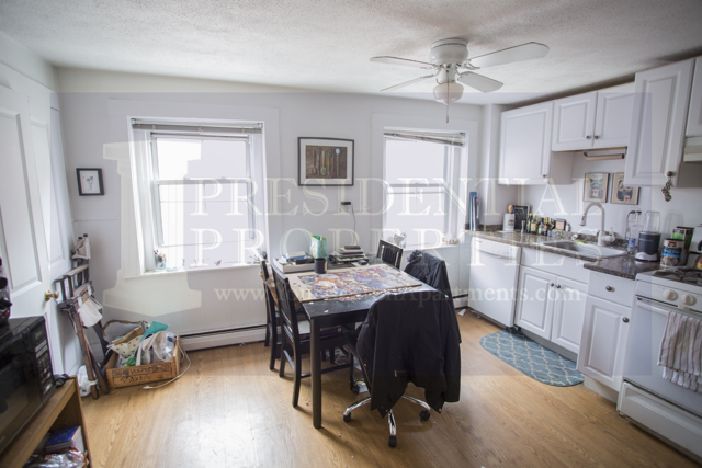 NEW LISTING! North End Prince Street2Bedroom