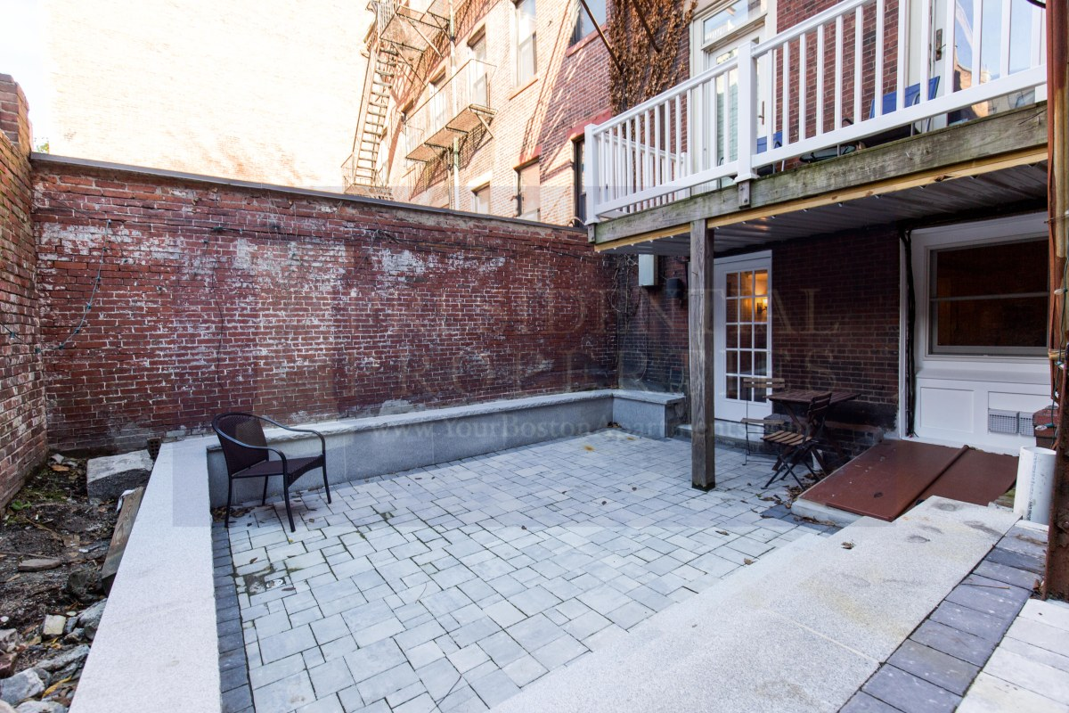 Rare opportunity to enjoy a fantastic private patio in the heart of Beacon Hill!