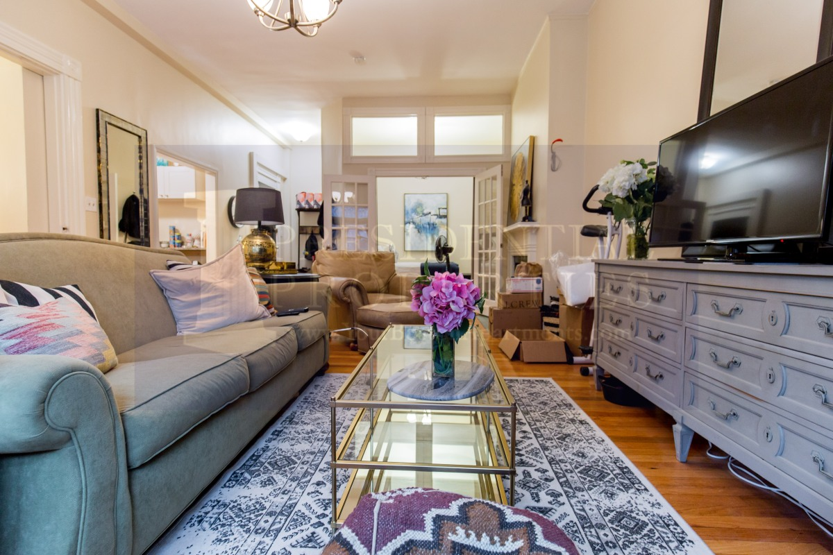 WOW!! Price Reduction on Beautiful Back Bay 1 Bedroom.