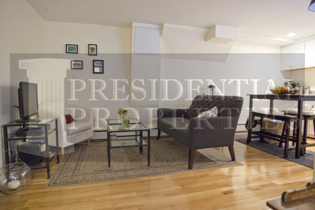 Beacon Hill Anderson Street 2BR/2BA with Private Patio