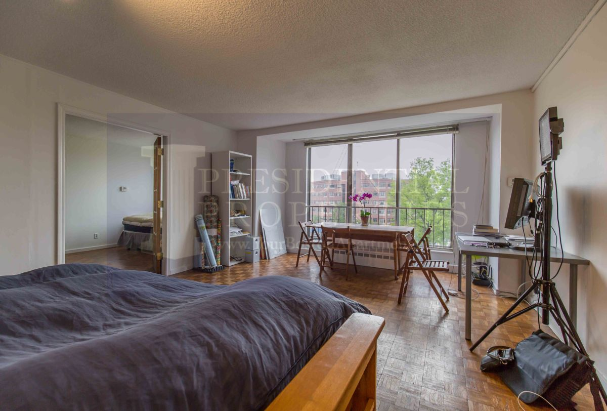 PRICE REDUCTION! Brookline, Washington Street, 1Bedroom