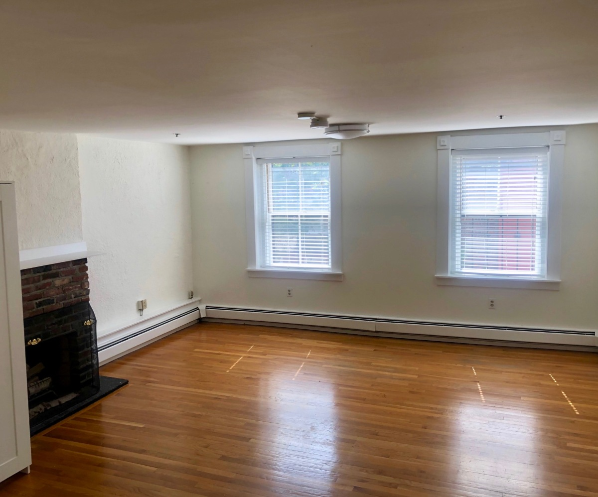 NEW LISTING! Beacon Hill, Hancock Street, One Bedroom
